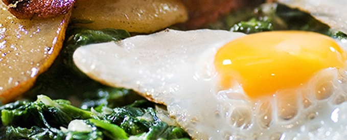 Spinach with Egg and Potato-Lentil Mix
